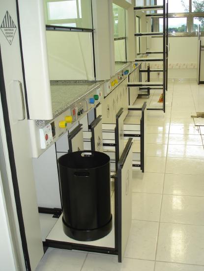 armario-reagentes-foto01